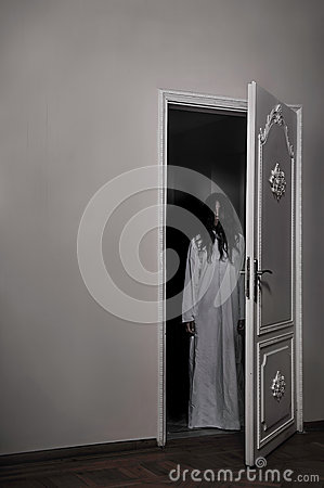 Free Cursed Horror Girl Stock Images - 33279914