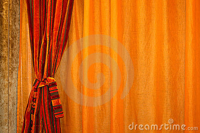 Curtain horizontal