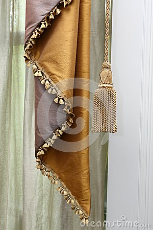 Curtain and tassel