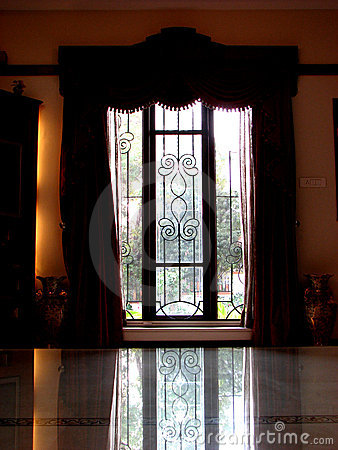 Free Curtains Royalty Free Stock Images - 1773309