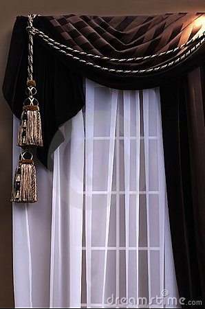 Free Curtains Stock Photos - 559933