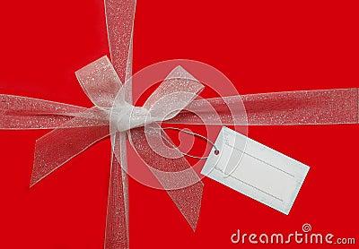Curva da fita e cartão de presente
