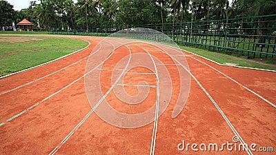 Curve running track lanes