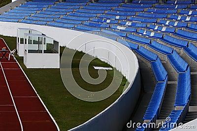 Curving stadium