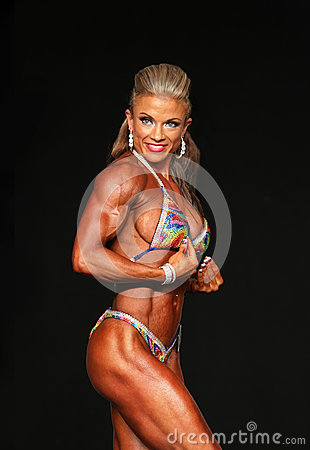 Free Curvy Blonde Bodybuilder Royalty Free Stock Images - 76593149
