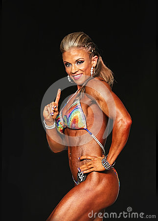Free Curvy Blonde Bodybuilder Stock Photo - 76593160