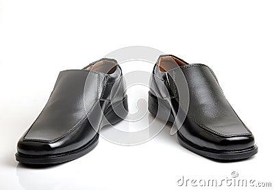 Cut shoes