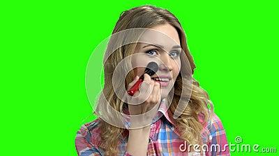 Cute Girl makeup on green screen lager videofilmer