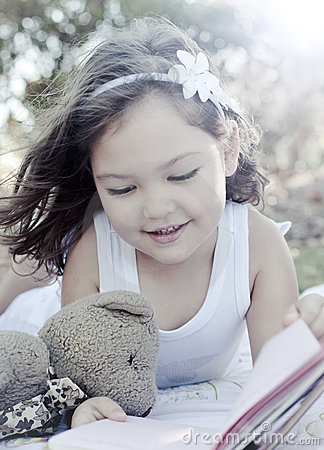 Royalty Free Stock Photography: Cute girl reading book. Image: 22141697