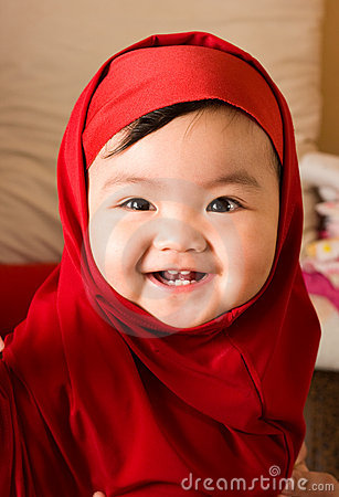 Free Cute Little Girl Royalty Free Stock Photography - 15490207