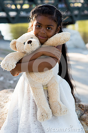 Free Cute Little Girl Royalty Free Stock Images - 78518049