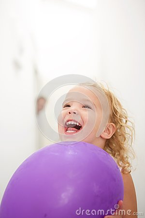 Free Cute Little Girl Holding Balloon And Laughing Royalty Free Stock Photo - 79045925
