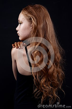 Free Cute Redhead Teenage Model With Bright Makeup And Colorful Glitter And Sparkles On Her Face And Body. Royalty Free Stock Photos - 104601238
