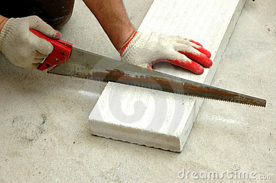 Cutting the hollow brick