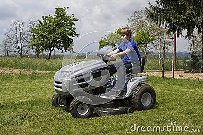 Cutting lawn