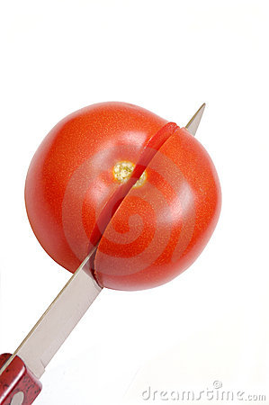 Free Cutting Tomatoes Stock Image - 9136311