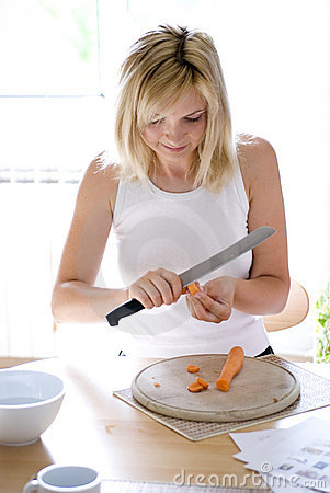 Cutting up carrots