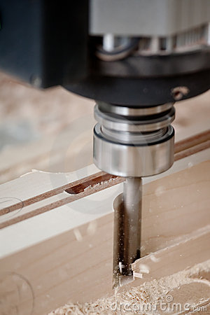 Free Cutting Wood On CNC Milling Royalty Free Stock Image - 7791696