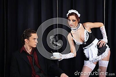 http://thumbs.dreamstime.com/x/cuvette-de-caf-donnant-la-bonne-sexy-8178839.jpg