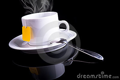 Cuvette de thé avec une cuillère