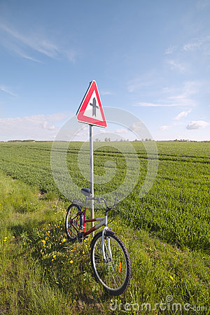 Cycle at sign.