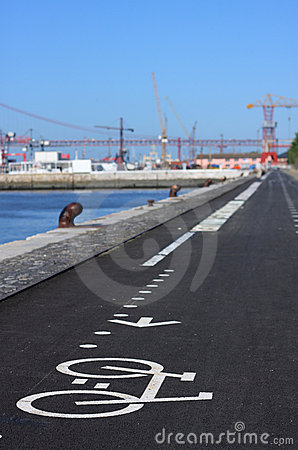 Free Cycleway In Lisbon Stock Images - 10658964