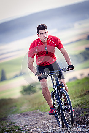 Free Cycling Man Royalty Free Stock Photo - 29218855