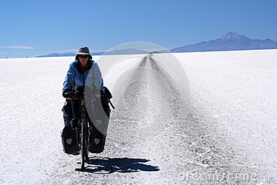 Cycling through nowhere