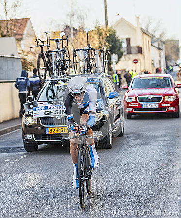 The Cyclist Robert Gesink- Paris Nice 2013 Prologue in Houilles Editorial Photography