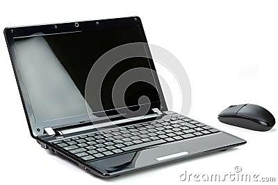 Czarny netbook