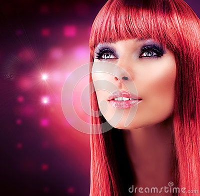 Czerwony Z włosami Wzorcowy Portret