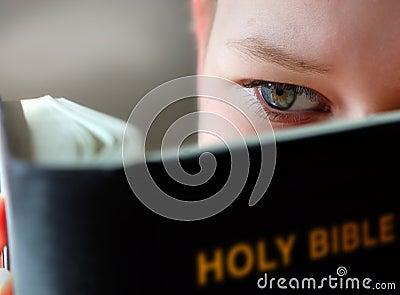 Czytanie chłopca