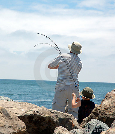 Free Dad And Son Fishing Royalty Free Stock Photography - 154187