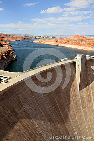 Dam in Lake Powell