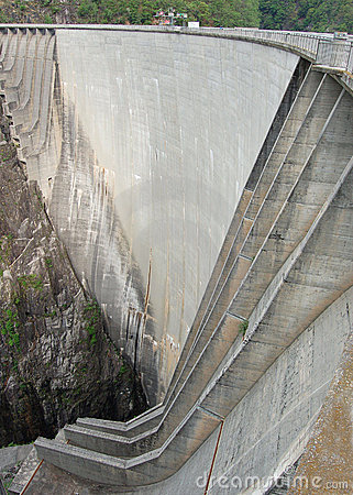 Dam in Val Verzasca (Tessin - Switzerland)