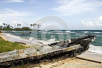 Damaged boat beach nicaragua