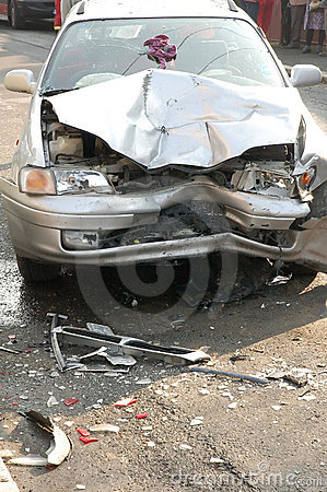 Free Damaged Car Royalty Free Stock Photo - 13953235
