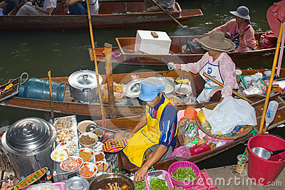 Damnoen Saduak floating market Editorial Image
