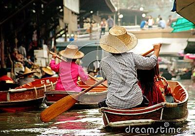 Damnoen Saduak, Thailand: Floating Market Editorial Photo