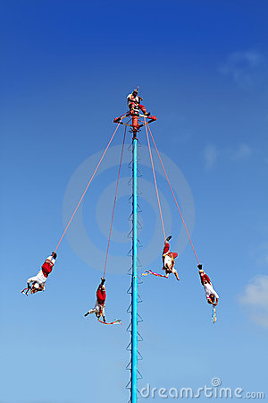 Dance of Papantla flyers danza de los voladores Editorial Image