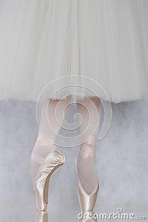 Dancer in ballet pointe