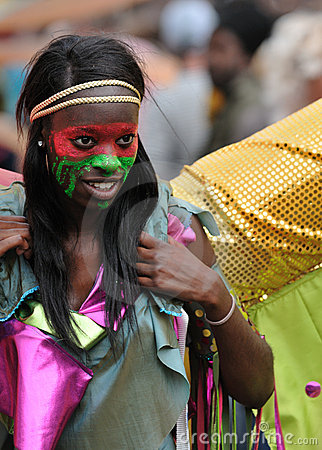 A DANCER IN THE NOTTING HILL CARNIVAL, LONDON Editorial Image