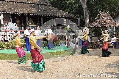 Dancer Perform Traditional Thai Dance Editorial Image ...