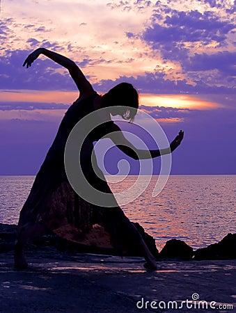 Free Dancing At Sunset Royalty Free Stock Image - 1286086