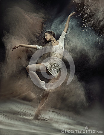 Free Dancing Ballet Dancer With Dust In The Background Royalty Free Stock Photo - 47351925