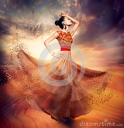 Free Dancing Fashion Woman Royalty Free Stock Image - 30312836