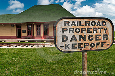 Danger - Railroad Property