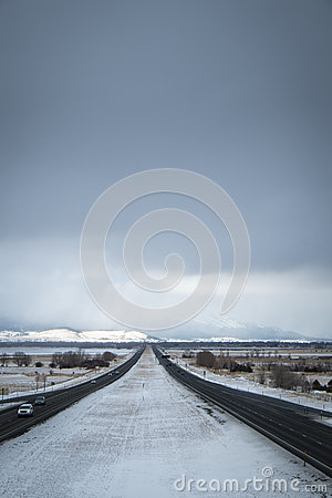 Free Dangerous Driving, Snow-covered Interstate Highway Royalty Free Stock Images - 71387839
