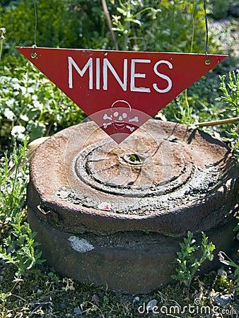 Dangerous mines sign