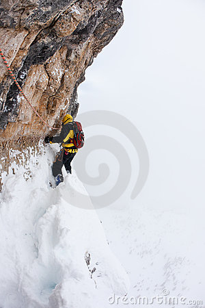 Free Dangerous Pitch During An Extreme Winter Climbing Royalty Free Stock Photo - 17895615